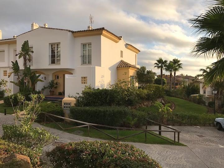 Villa residencial de lujo junto Gibraltar parking