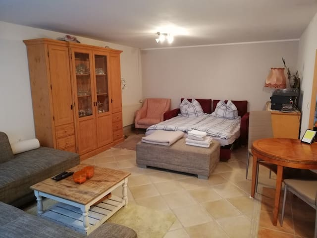 Big double room, private bath & separate entrance