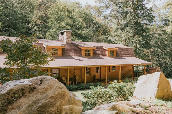 Luxury Mtn. Cabin Near Asheville, Lake Lure & TIEC