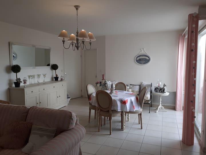 Saintes: Appartement de 60m2, au centre ville.
