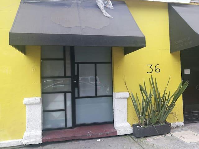 Hospedate en el CENTRO de la ciudad de Mexico. b6