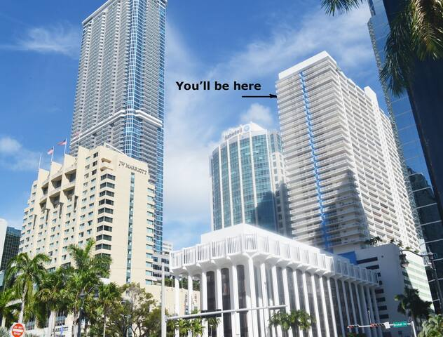3/2 PENTHOUSE WITH GREAT VIEW IN  MIAMI/BRICKELL