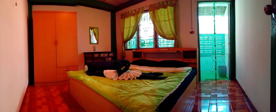 The Greenhouse and Massage Retreat Room 4