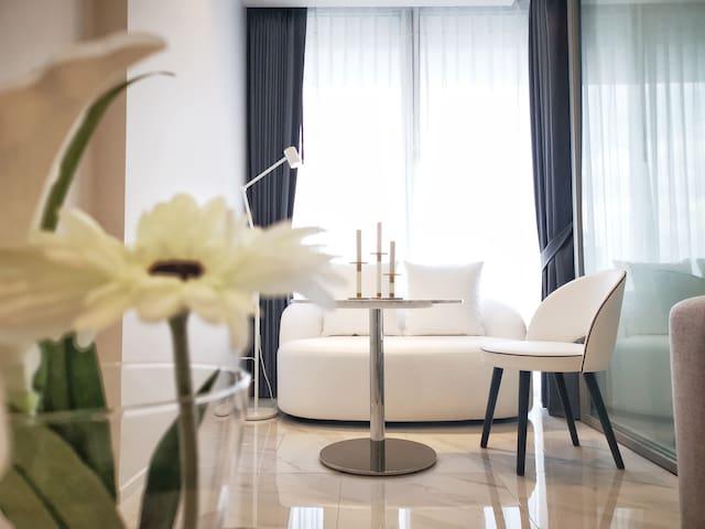 [净 Ⅵ] 素坤逸中心 NANA酒吧街 ASOK 大理石风高层观景房 高级公寓 400米至天铁