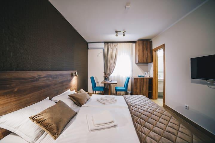 FILIPS SLEEP - 12 - Standard Double or Twin Room