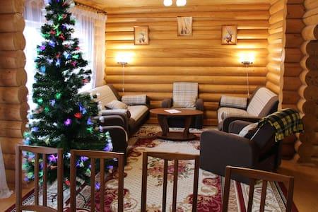GreenDays 7.24 - Зелёный гостевой дом - Krasnozavodsk - Hus