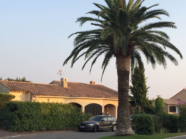 Haus + Pool ruhig 15 Min von Cannes - Mouans-Sartoux - Casa