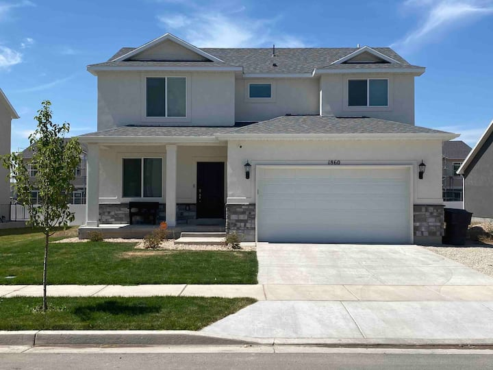 Beautiful new home in Payson Utah