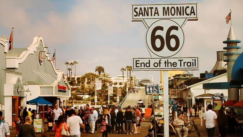 Master-Suite 2 BLOCKS FROM BEACH (Priv. Entrance)! - Santa Monica - Huis