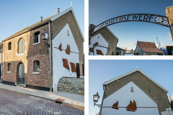 Topstudio in historisch Pekelpakhuis op museumwerf