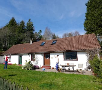 Traditional Scottish Cottage - Killin