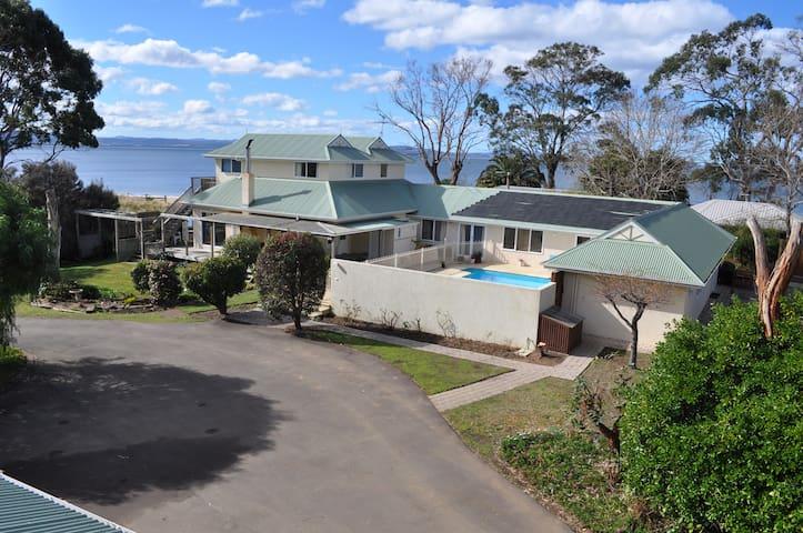 Bambra Reef Lodge - Lauderdale - บ้าน