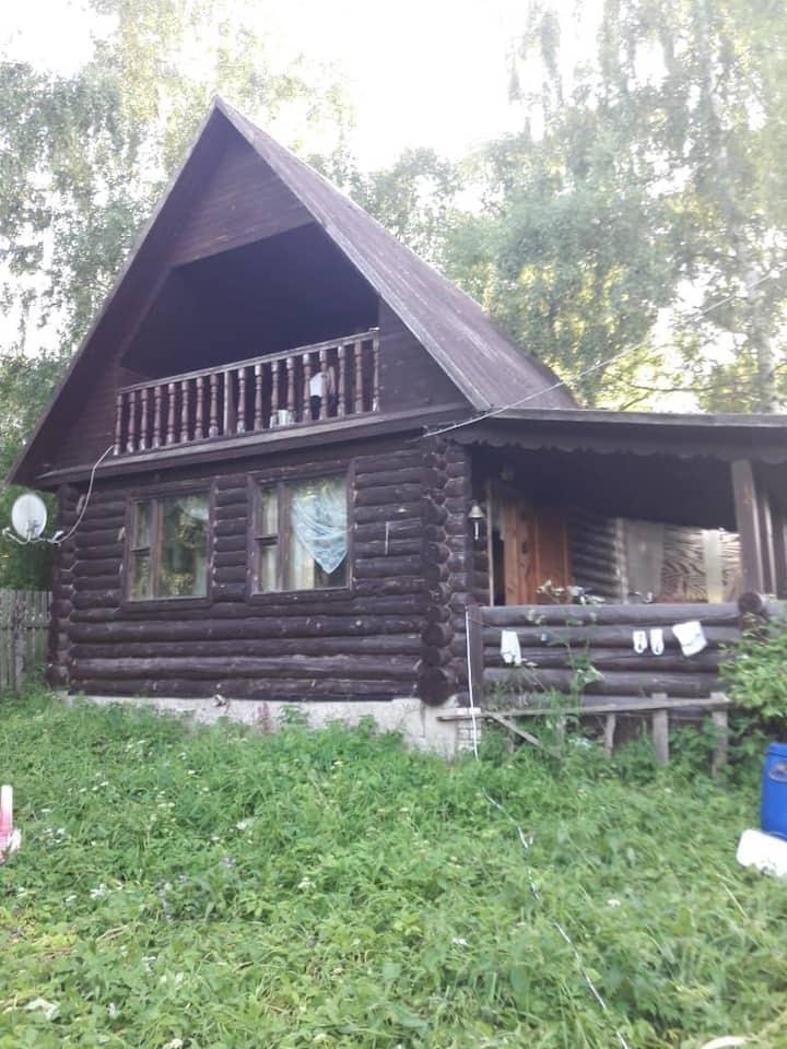 Хороший дом для летнего отдыха рыбакам, охотникам.