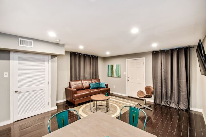 Charming 1BD apartment with Patio