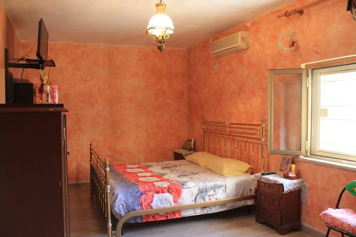 Stanza privata--Casal Bernocchi/Roma
