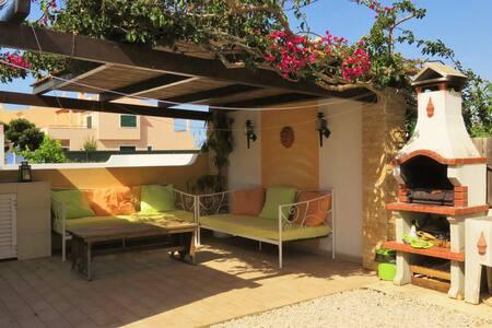 Charmante petite maison typique - Pêra