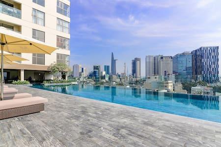 Luxury Saigon Home ⭐  Infinity Pool with city view