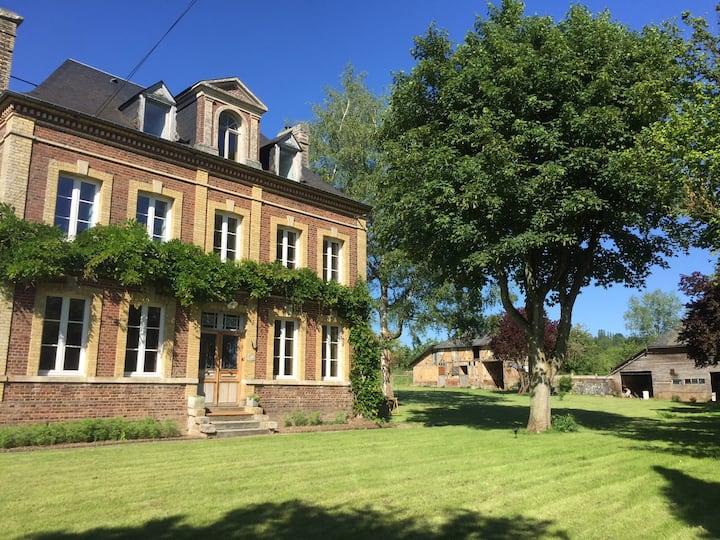 Villa Nouveau Monde : chambre Art déco