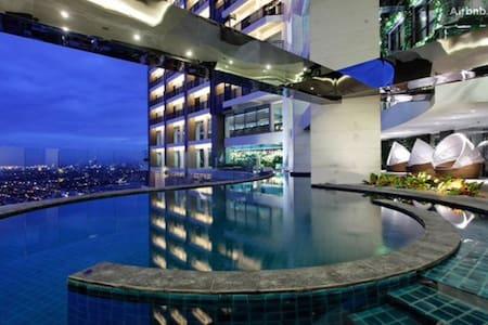 60楼一房一厅五星级公寓 游泳池健身房瑜伽室 马尼拉马卡蒂 Gramercy Residence - Makati