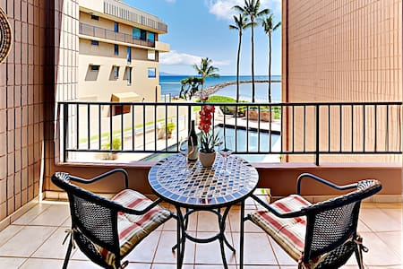 Magnificent OCEAN Views * Fully Remodeled condo