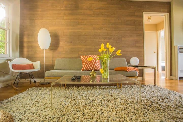 2 blocks to Beach - Modernist Venice Beach Suite 2
