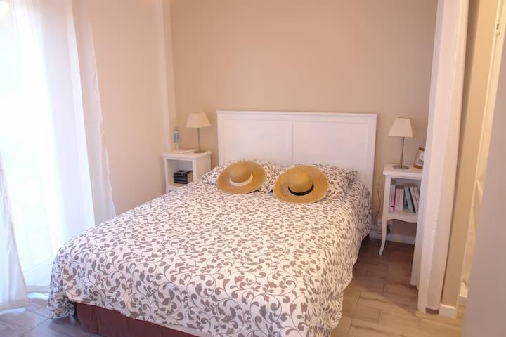 Superb room in villa bottom at Mar Vivo.