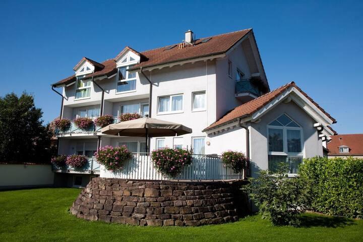 Gästehaus zur offenen Tür - Zimmer 4 - Rheinhausen - Pension