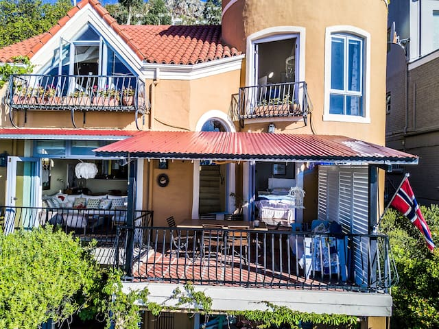 Enchanting Beach Vacation - Cardamom House