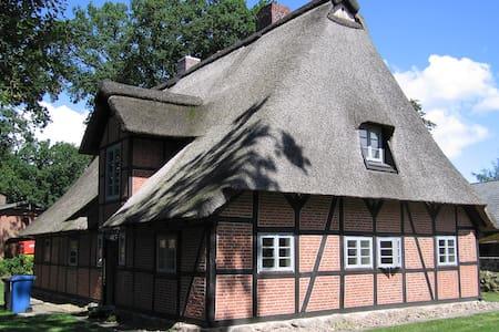 Ferienhaus in der Lüneburger Heide - Jesteburg - House