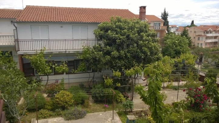 Apartment BIR - with balcony and parking space: A1(2+1) Vodice, Riviera Sibenik