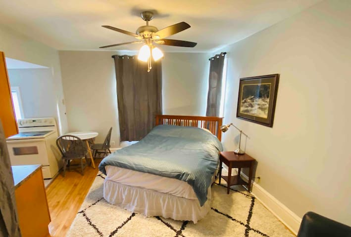Comfortable Spacious Close to Downtown&Art Museum