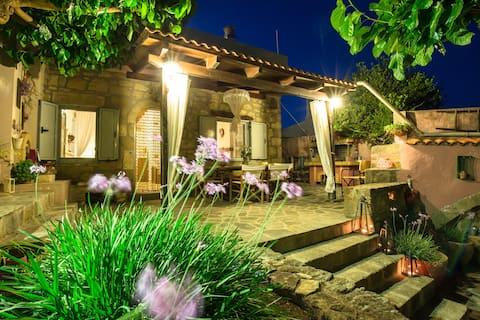 Lithos House Kalathenes