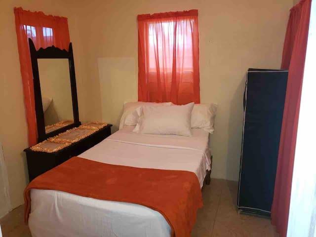 Ranch OGrande Orange Room