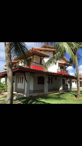 Casa de praia 5 quartos próxima a Guarajuba
