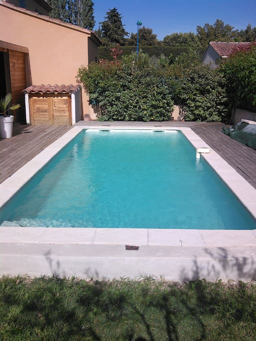 Maison avec piscine apartments for rent in carpentras for Cash piscine carpentras