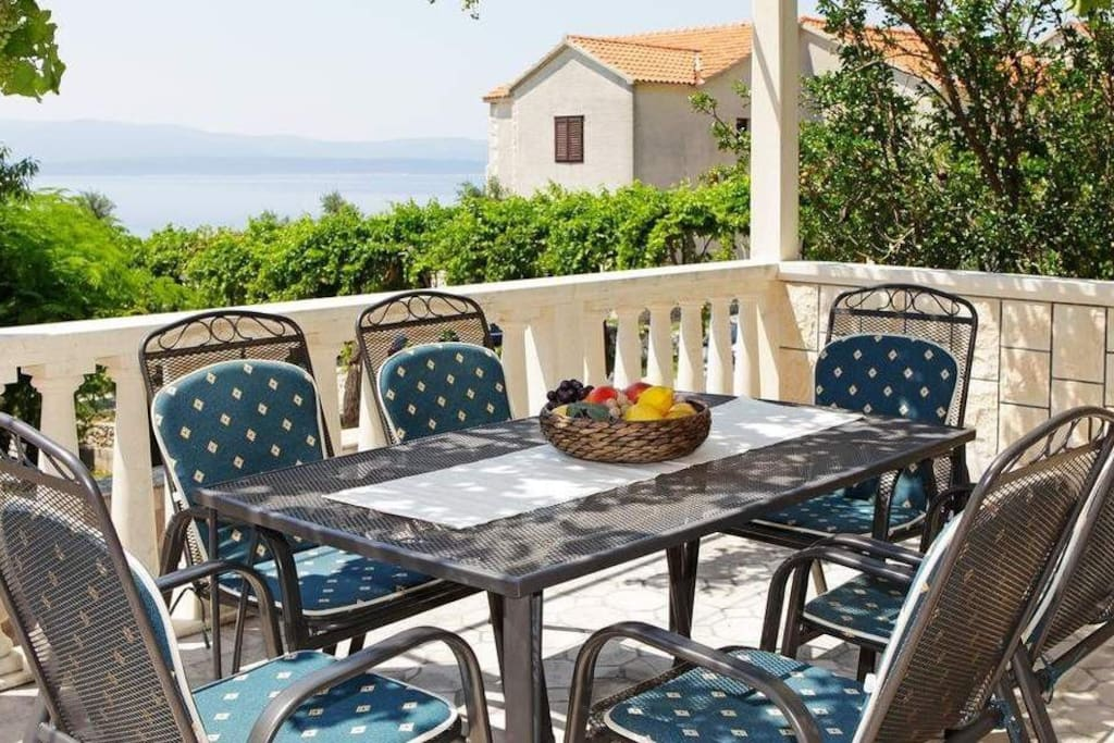 big spacious terrace, ideal for gatherings for your family or friends