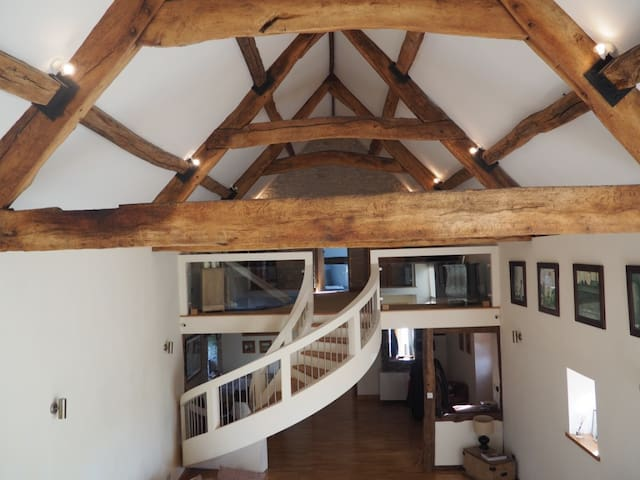 Spacious Large Barn Conversion - Pucklechurch - Haus