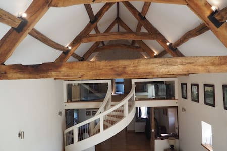 Spacious Large Barn Conversion - Pucklechurch - Huis