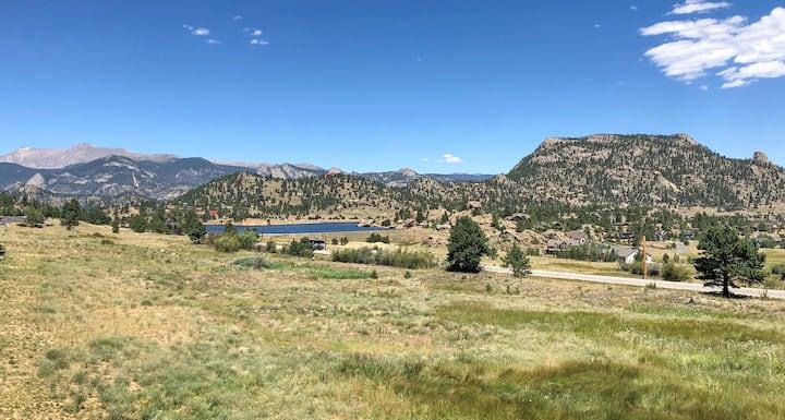 Mountain Meadow Escape -Upscale Town home #6053