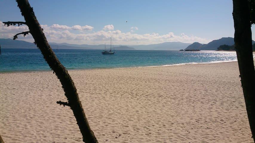 6 días viviendo/navegando en velero en Rías Baixas