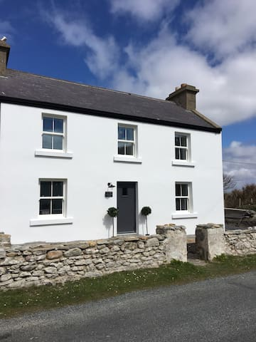 The Old Fisherman's Cottage, Achill - Dugort - Casa