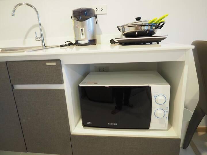 Studio condominium in town for rent
