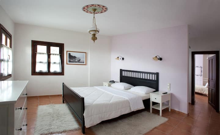 Family Apartment with 2 Bedrooms