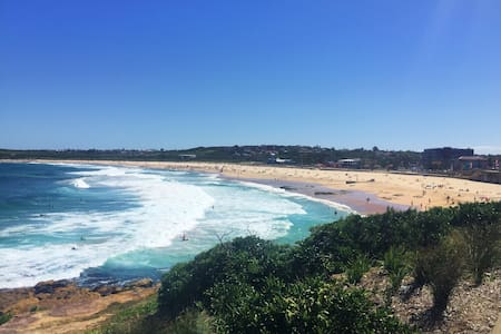 100m from beach + secure parking - Maroubra - Apartment