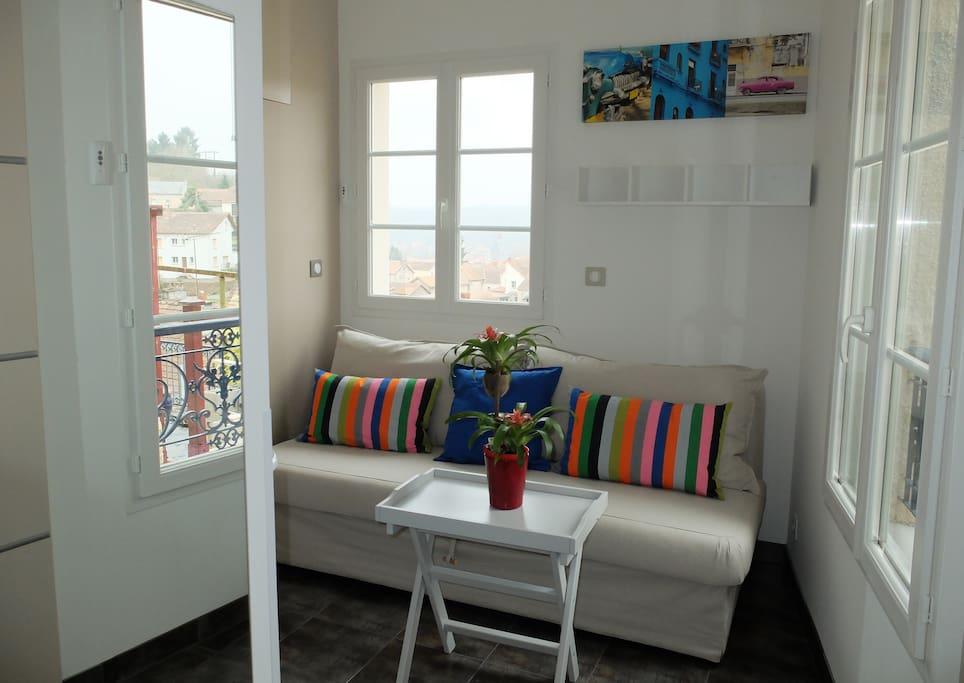 Salon: canapé-lit