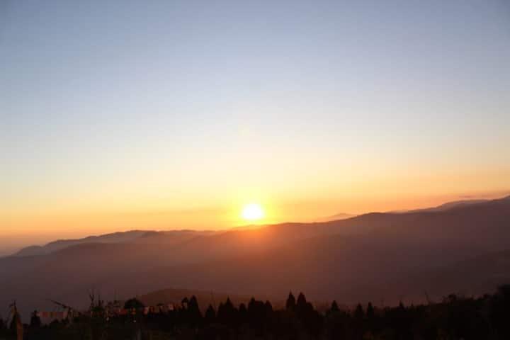 Fursat Farm Sunset Stay | 🌟 gazing | Kanchunjunga