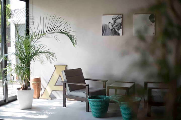 AMIGO HOUSE 古民家をリノベーションしたコワーキングスペース&キッチン併設のホステル C