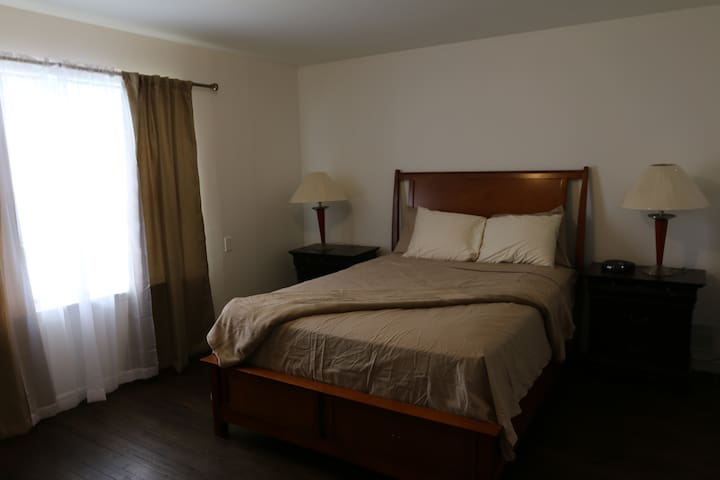 Huge room available, close to NYC - Newark - Apartemen