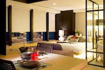 Serviced Apartment in Central HK