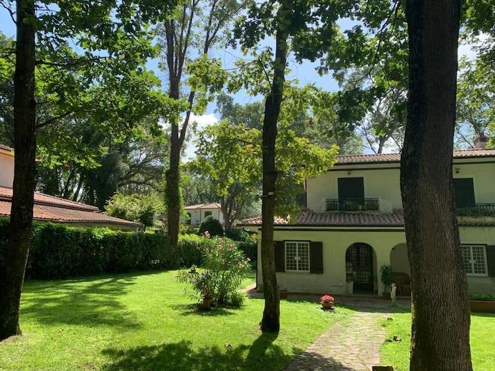 Villa rinnovata tra Sabaudia e San Felice Circeo